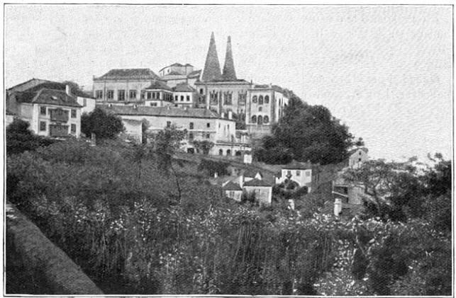 Cintra, het stadje op de heuvelhelling.